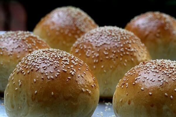 Hướng dẫn cách làm bánh mì hamburger