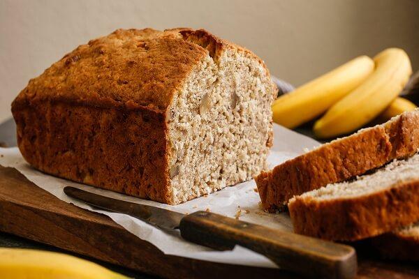 Bánh mì chuối - một trong những món ăn sáng ngon dễ làm
