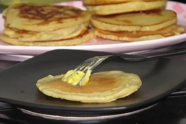 #1 Cách Làm Bánh Bột Mì Với Trứng Và Sữa Ngon Đơn Giản