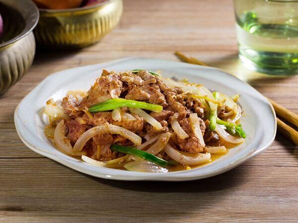 3 cách làm thịt bò xào hành tây, bò xào giá, thịt bò xào súp lơ đơn giản ngon cơm gia đình