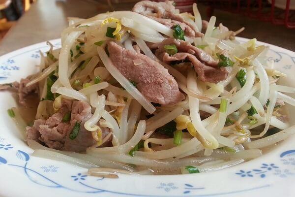 Giá xào thịt bò hương vị tuyệt nhiên không thể nào lẫn vào đâu được.