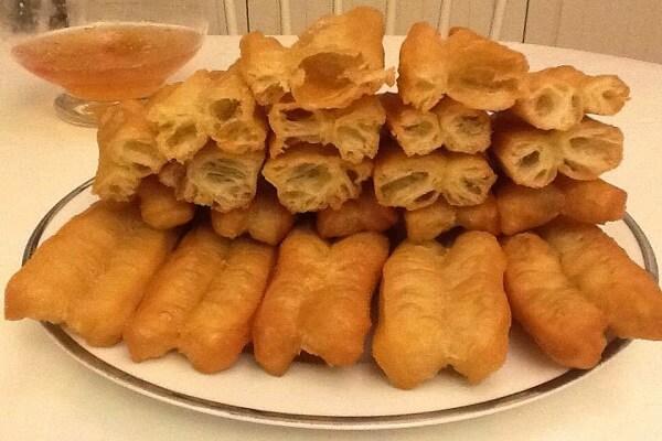 Cách làm bánh quẩy bằng bột mì, chiên bánh quẩy giòn ngon đơn giản chỉ vài bước tại nhà