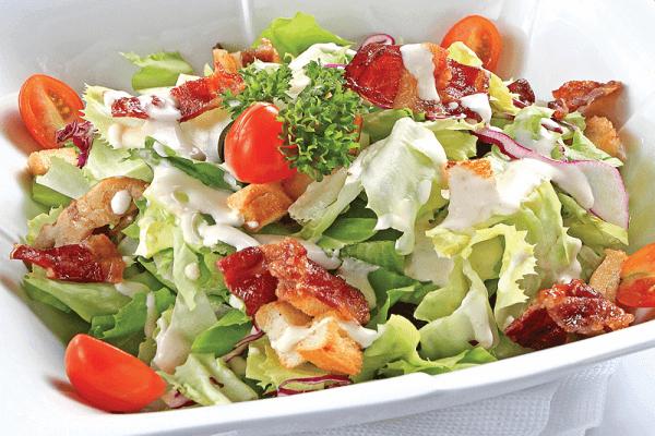 Salad dưa chuột, dưa vàng và mâm xôi đen