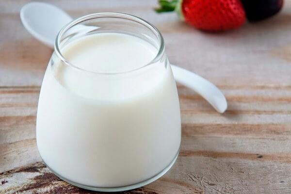 Sữa tươi không đường thì bạn chuẩn bị khoảng 500 ml