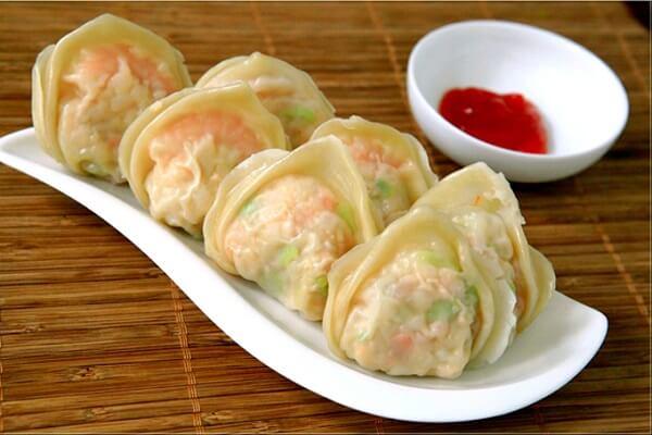 Cách làm hoành thánh tôm thịt, gói hoành thánh theo phong cách người Hoa ngon và cực kỳ đẹp mắt