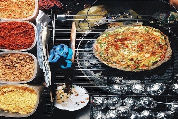 5 cách làm bánh tráng nướng Đà Lạt & Sài Gòn, nướng bánh tráng mắm ruốc mỡ hành bằng chảo 1