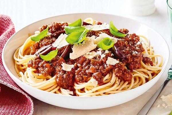 Spaghetti, Ý