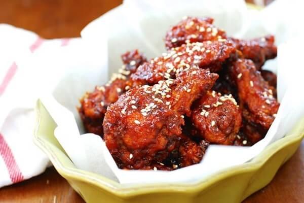 2 cách làm gà sốt cay Hàn Quốc, cánh gà sốt me chua ngọt vừa ngon vừa dễ làm tại nhà