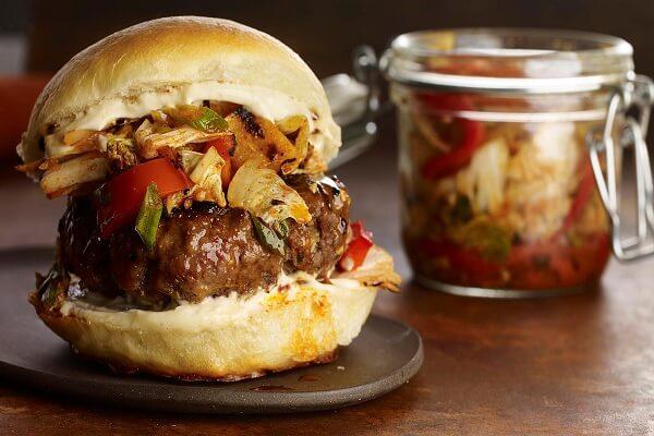 Cách làm Hamburger Hàn Quốc - sự kết hợp thú vị giữa ẩm thực Á - Âu