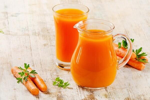 Bạn có thể kết hợp xay sinh tố cà rôt và cam