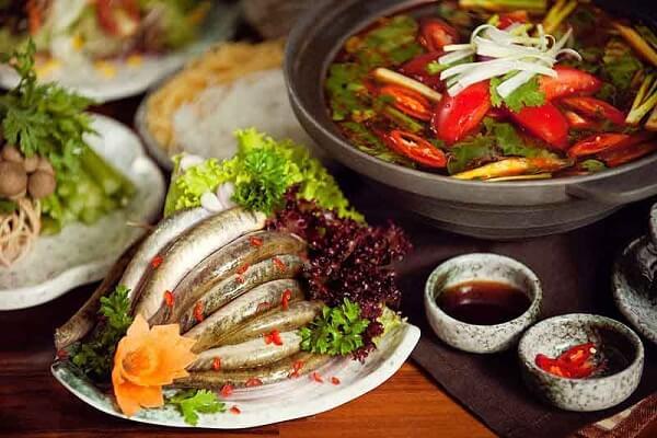 3 cách nấu lẩu cá kèo lá giang ngon, lẩu cá kèo lá giang chua cay theo kiểu Tây Nam Bộ