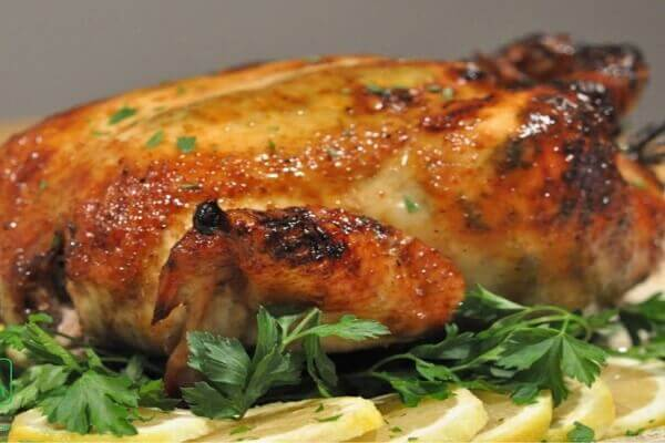 Cách ướp gà nướng muối ớt nguyên con nướng bằng lò nướng