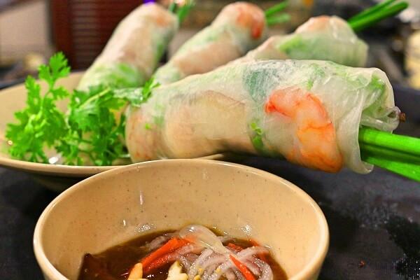 Món ăn Việt Nam nổi tiếng thế giới: Gỏi cuốn