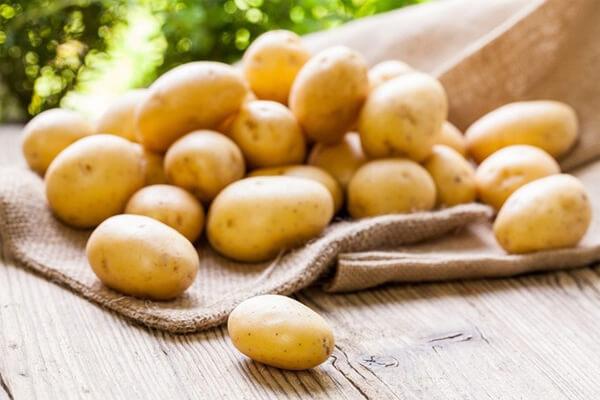 Trong khoai tây có chứa một loạt những dưỡng chất, khoáng chất tiêu biểu