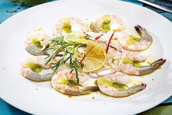 Cách làm gỏi tôm sống kiểu Thái chấm mù tạt chua cay thơm nồng chỉ 30p ngay tại nhà