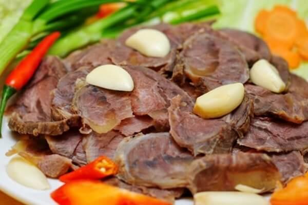 Cách Làm Lưỡi Bò Xào Tỏi Dứa Ngon Đơn Giản - Chế Biến Lưỡi Bò
