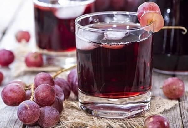 Rượu nho bạn chỉ cần để khoảng 4 tháng là có thể uống được