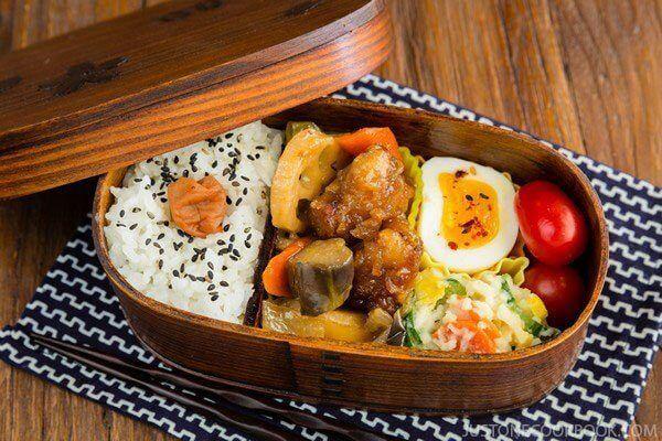 Cơm hộp Bento là gì, Cách làm cơm hộp Bento Nhật Bản, cơm hộp tình yêu với 60+ mẫu cơm đẹp đơn giản 5