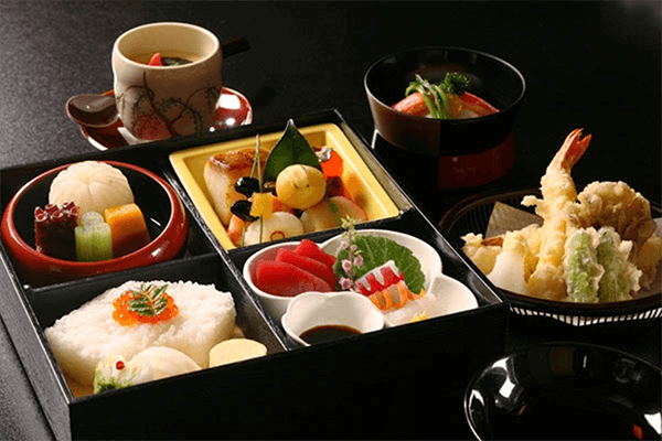 Cơm hộp Bento là gì, Cách làm cơm hộp Bento Nhật Bản, cơm hộp tình yêu với 60+ mẫu cơm đẹp đơn giản 13