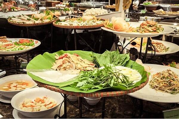 Quầy chợ quê là nơi hội tụ đầy đủ món ăn ba miền
