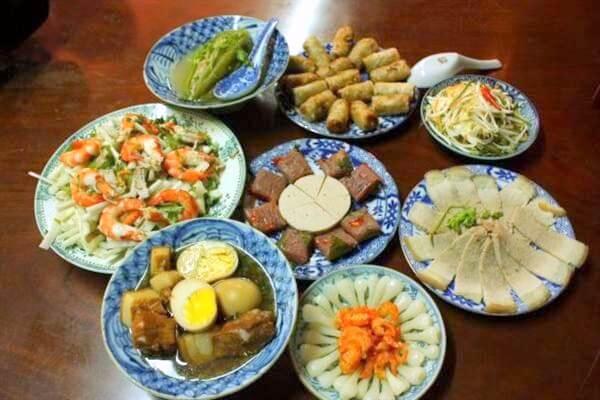 Ẩm thực Việt Nam rất phong phú và đa dạng vùng miền
