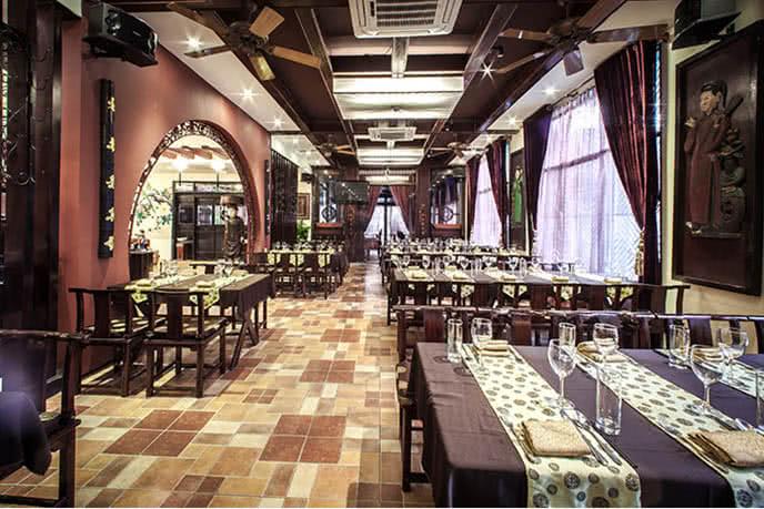 Nhà hàng Buffet Việt – Số 1A Tăng Bạt Hổ, quận Hai Bà Trưng