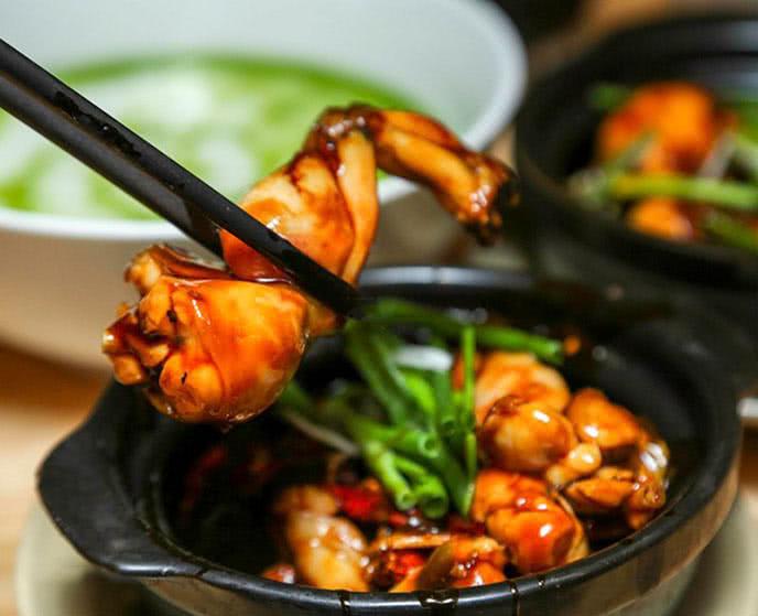 Món cháo ếch nổi tiếng ở Lion City