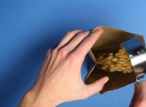 5 cách làm bắp rang bơ tại nhà bằng chảo, bằng lò vi sóng, bằng nồi sâu lòng hoặc nồi cơm điện đơn giản nhất 1