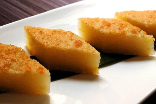 Bánh khoai mì nướng với khoai mì và sữa đặc