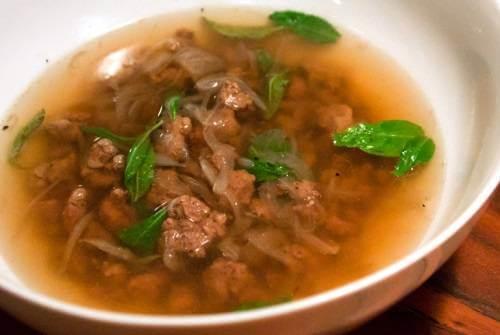 Canh thịt bò rau răm