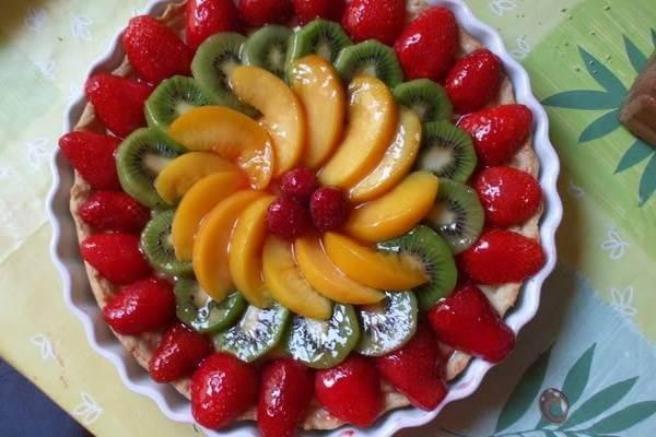 55+ cách trang trí món ăn bằng dưa leo, cà chua, cà rốt, bày đĩa trái cây hoa quả đẹp mắt, trang trí món nem rán 4