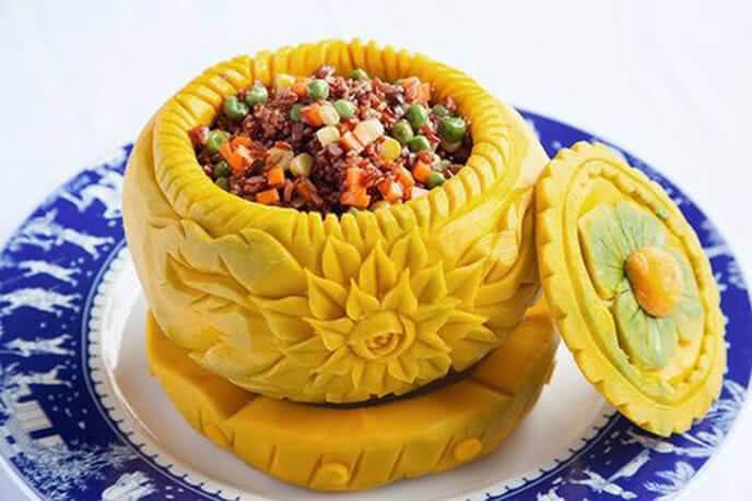 Món ăn được trang trí vô cùng cầu kì