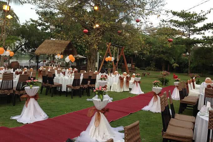 Hay không gian tiệc cưới lãng mạn giữa đất trời bao la và khoáng đạt
