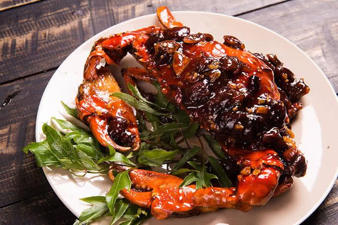 Tôm rang me - món ăn đặc sắc của người Sài Gòn