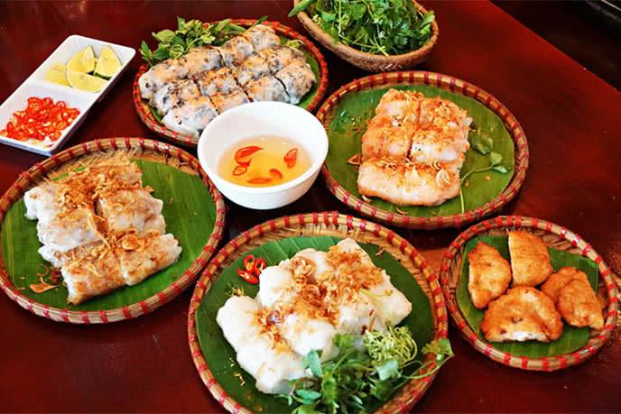 Một bàn ăn mang đầy tinh túy ẩm thực các vùng miền