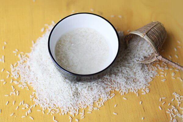 Nước vo gạo cung cấp nhiều khoáng chất, vitamin, và chất chống oxy hóa