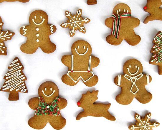 Bàn tiệc của nhà bạn sẽ tuyệt vời hơn rất nhiều với những chiếc bánh quy gừng như thế này.