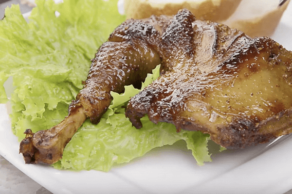 Cách làm gà quay bằng lò nướng - Cách làm gà quay tiêu mật ong bằng lò nướng tại nhà, nướng gà bằng nồi cơm điện thơm ngon đơn giản
