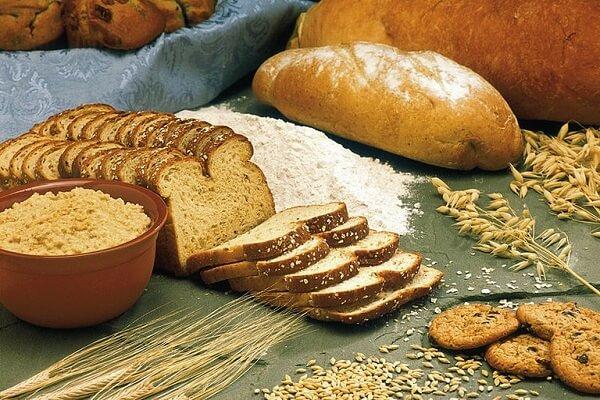 Thực phẩm chế biến từ lúa mỳ, lúa gạo