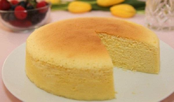 3 cách làm bánh không cần lò nướng và máy đánh trứng bằng bột mì, bột bắp, bột năng
