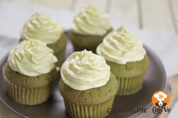 Bánh cupcake lá dứa ngon độc đáo