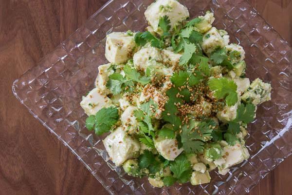 Salad đậu phụ non và bơ tươi