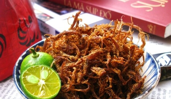 Cách làm giả thịt bò khô bằng thịt lợn