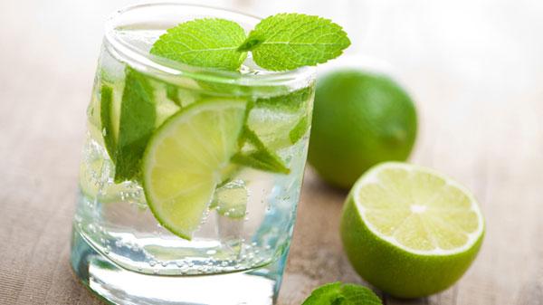 6 cách pha nước chanh sả, đá chanh với gừng, nước chanh mật ong uống giảm cân đơn giản