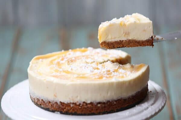 Bánh cheesecake phô mai