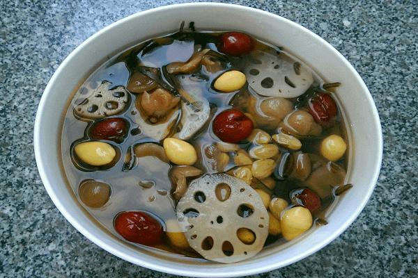 2 cách nấu sâm bổ lượng bạch quả, rong biển, hạt sen ngon nhất để uống tại nhà hoặc để bán - Chè Sâm Bổ Lượng Có Tác Dụng Gì