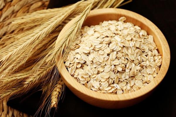 Nguyên liệu để nấu mạch nha là bột mộng của ngũ cốc