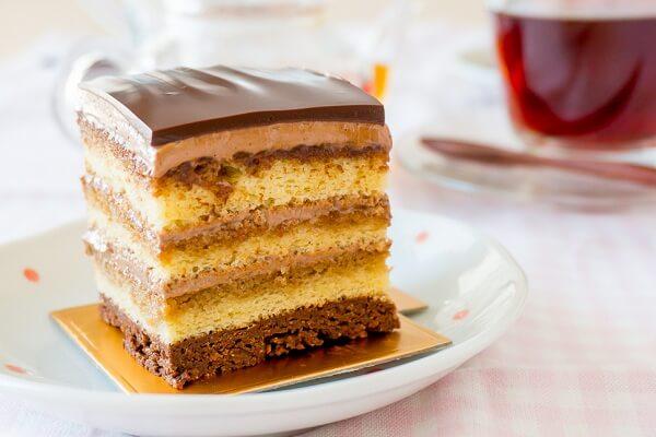 Bánh opera cũng là một trong những loại bánh nổi tiếng của nước Pháp.