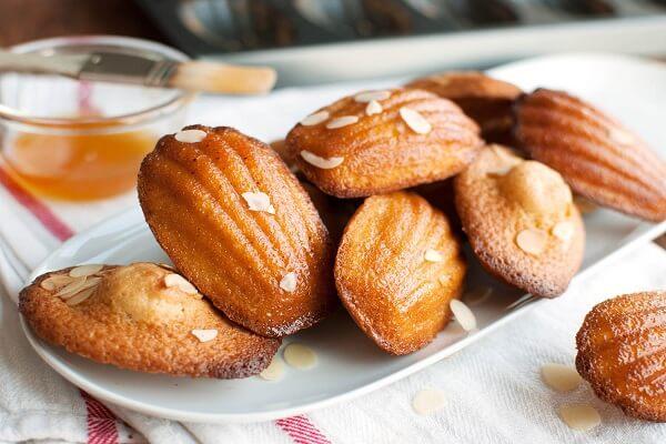 Bánh ngọt con sò madelleines