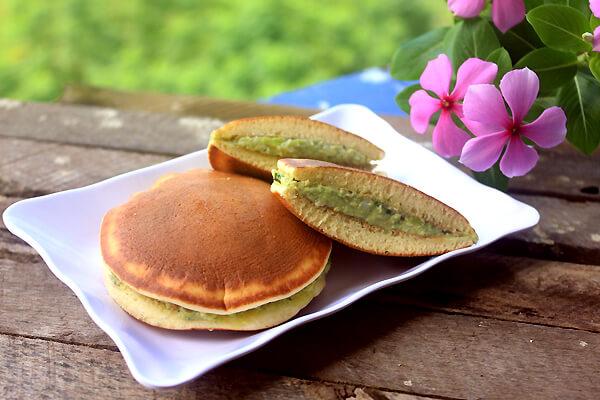 Bánh Dorayaki - Nhật Bản